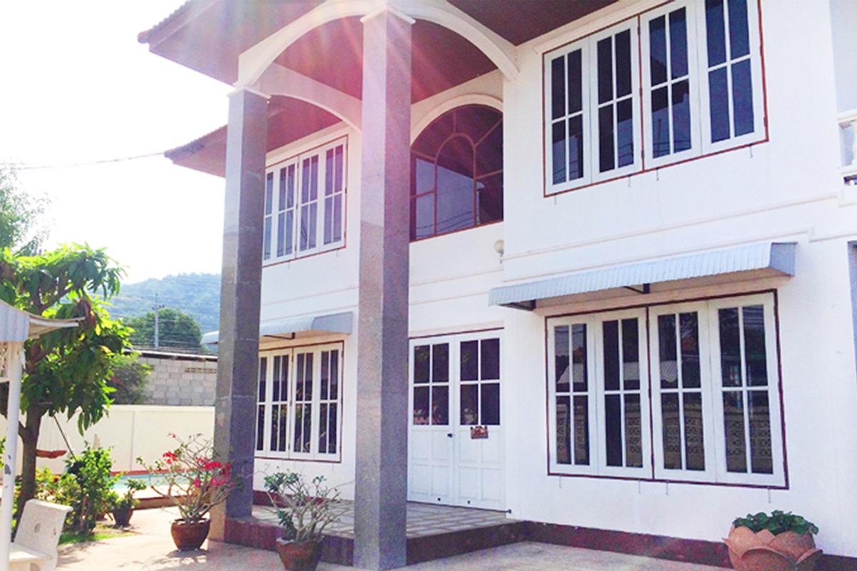 บ้านส่องแสง หัวหิน พูลวิลล่า